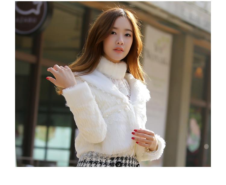 เสื้อโค้ทขนมิ้งสีขาวยี่ห้อ JK2 เสื้อขนมิ้งพร้อมส่ง เสื้อกันหนาวพร้อมส่ง White Coat Fashion Coat