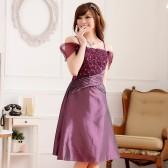 9222紫色 迷你香肩宫廷吊带垮肩两用压褶显瘦礼服连衣裙(花可拆)