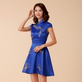9886蓝色 民族风青花瓷绣花新中式礼服宴会大码短裙演出修身连衣裙