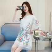 9677白色  低襟妩媚刺绣宽松中袖显瘦大码改良旗袍